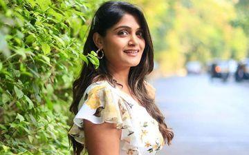 Isha Keskar's Hot And Sassy Look In A Rishi Saxena's T-shirt Will Blow Your Mind