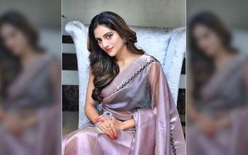 Dictionary: Nusrat Jahan Gets Mobbed On The Streets Of Bolpur As She Shoots For Her Next Film
