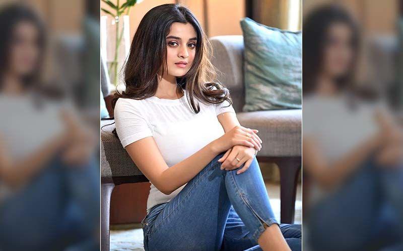 Actress Darshana Banik Shares Her Post Workout Selfie On Instagram