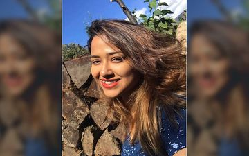 Agantuk Actress Sohini Sarkar Shares A Throwback Picture From Her Jaipur Vacation