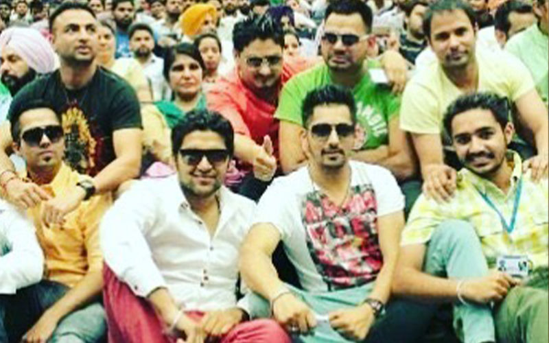 Blast From The Past! Babbal Rai Shares A Throwback Picture Of Punjabi Actors And Singers