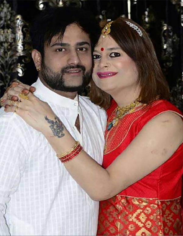 bobby darling files a domestic violence case against husband ramnik sharma