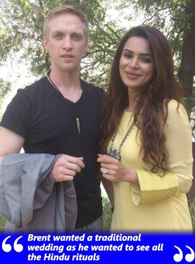 brent wanted a traditional hindu wedding says aashka goradia