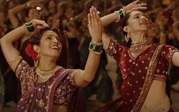VIDEO: Deepika chickens out from dancing to 'Pinga' with Priyanka at IIFA