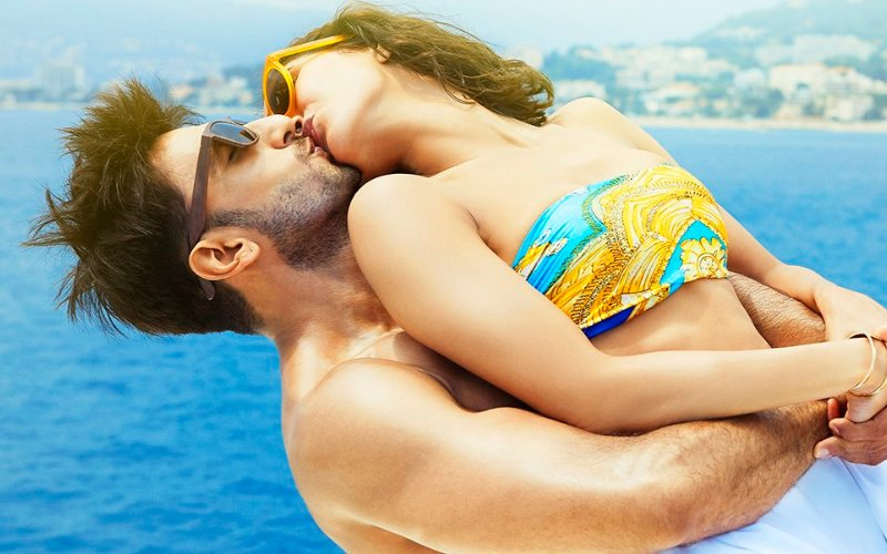 Lessons in kissing from Ranveer Singh