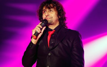 Sonu Nigam Gets Ready For His First Live Performance Post Surgery