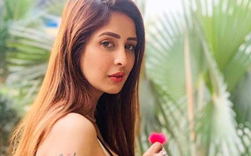 Chahatt Khanna Reveals Why She Left Instagram; Opens Up On Battling Depression: 'I'm In Constant Touch With My Counsellor'