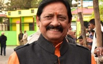 Former Cricketer And UP Minister Chetan Chauhan Tests POSITIVE For COVID-19; Family Members Undergo Tests, Reports Awaited