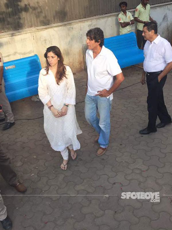 chunky pandey at funeral
