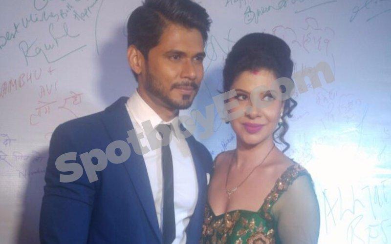 IN PICS: Sambhavna Seth- Avinash Dwivedi host a starry wedding reception