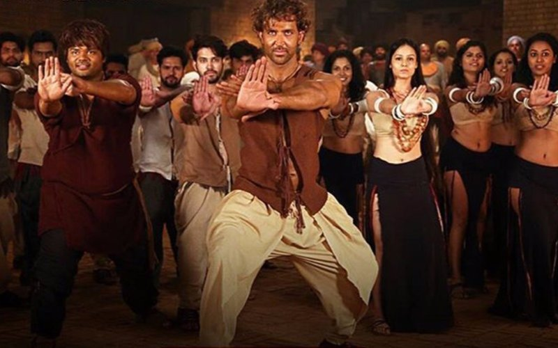 Hrithik unveils the title track of Mohenjo Daro