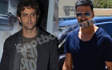 Video: Hrithik missing from Akshay's party. Was he invited?