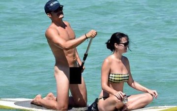 Orlando Bloom Goes NUDE While Paddleboarding With Katy Perry!