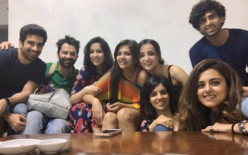 Bigg Boss 13 Evicted Dalljiet Kaur Celebrates Her 'Second-Half' Birthday Bash With Barun Sobti, Sanaya Irani, Ridhi Dogra