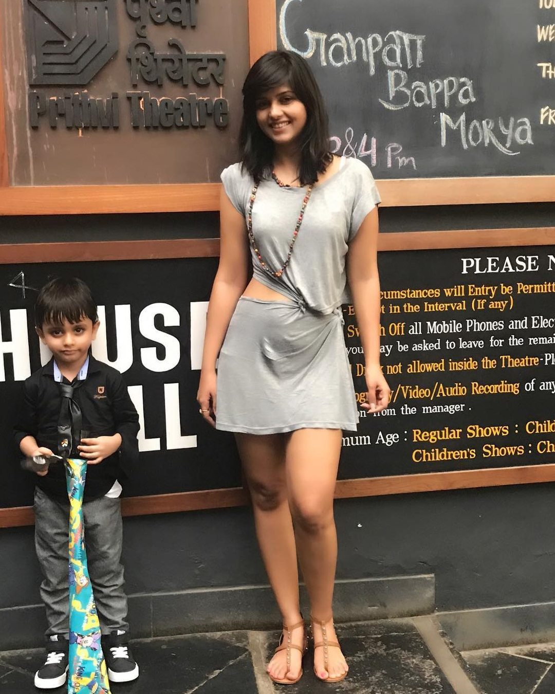 dalljiet kaur with son