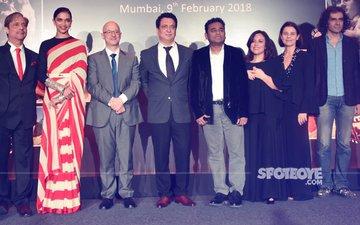 Deepika Padukone, Imtiaz Ali & AR Rahman Attend An Award Ceremony