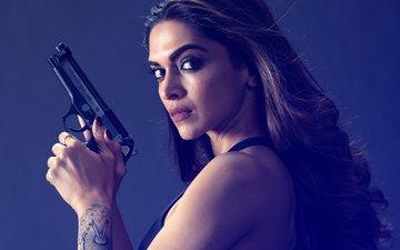 Deepika Padukone Is NOT Playing GANGSTER Sapna Didi In Her Next