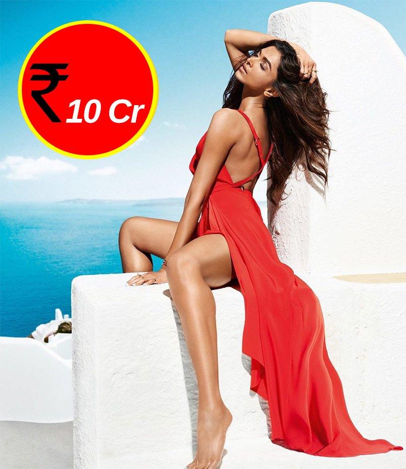 RATE-CARD: This Is What Priyanka, Deepika, Anushka, Alia ...