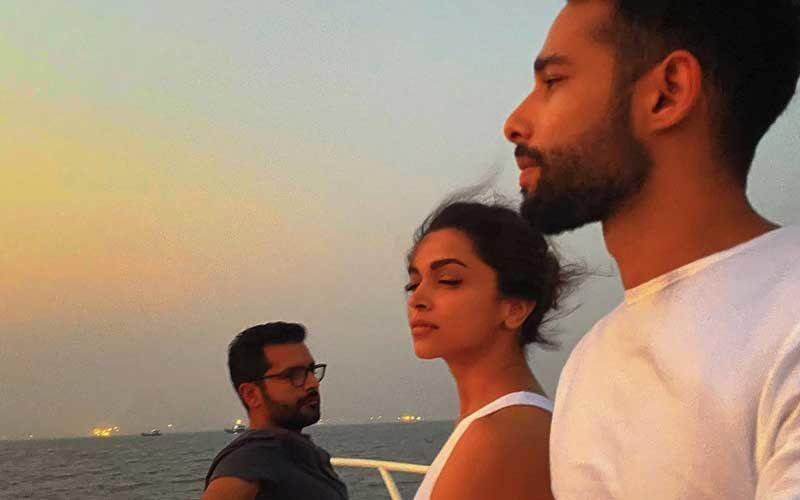 Deepika Padukone Enjoys A Delightful Sunset With Siddhant Chaturvedi, Ananya Panday And Shakun Batra; Sid Gives A Sneak-Peek By The Sea