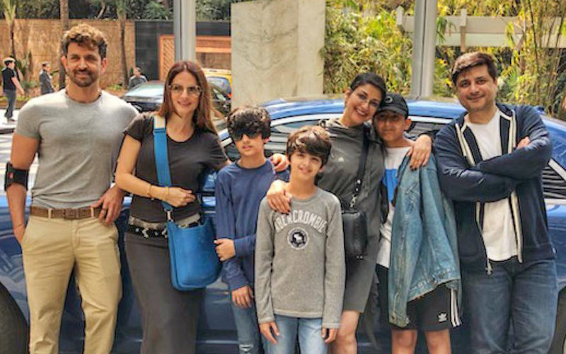 Sonali Bendre Spends A Leisurely Sunday In The Company Of Hrithik Roshan-Sussanne Khan