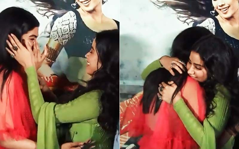 Janhvi Kapoor-Khushi Kapoor Teared Up And Got Emotional As They Missed Sridevi At Dhadak Trailer Launch-TB VIDEO