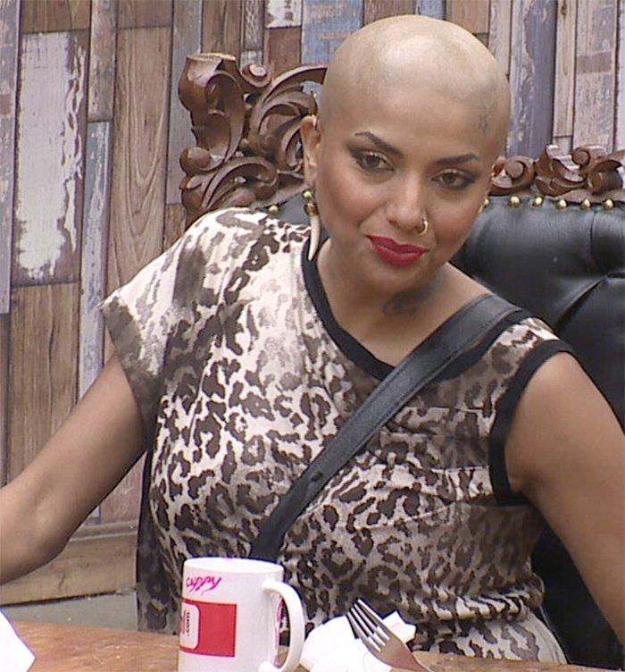 diandra soares goes bald on bigg boss season 11