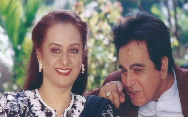 शादी की 52वीं सालगिरह पर सायरा बानो ने शेयर की दिलीप कुमार के साथ खास तस्वीर