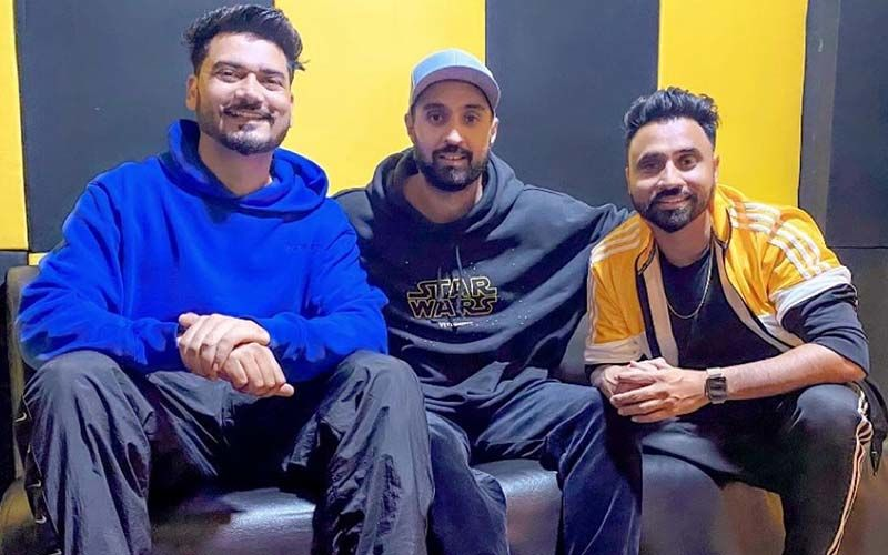 Diljit Dosanjh, Desi Crew To Collaborate For A Song; Shares Pic On Instagram