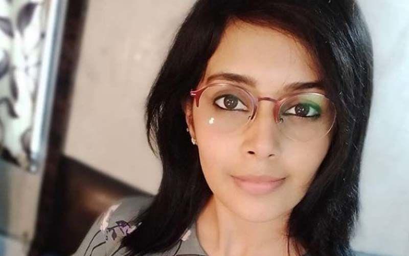 Shivani Rangole Gets Beachwaved In A Sensuous Avatar