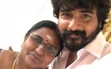 Sivakarthikeyan Bows To His Mother Touching Her Feet After Receiving Kalaimamani Award