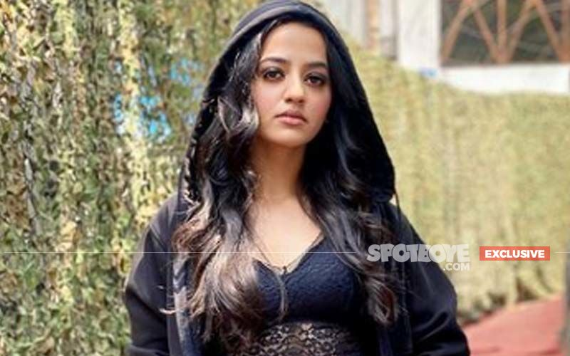 Ishq Mein Marjawan 2 Actress Helly Shah On Her Show Moving To The Digital Space: 'It Was Difficult To Express The Emotion'- EXCLUSIVE