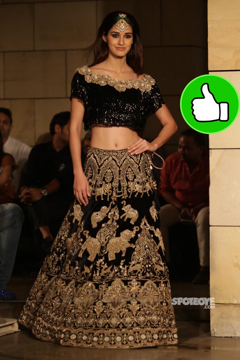 disha patani at manav gangwani fashion show