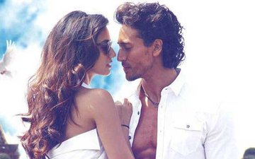 Disha Patani Leaves Nothing To Imagination In Her Birthday Wish Post For Boyfriend Tiger Shroff