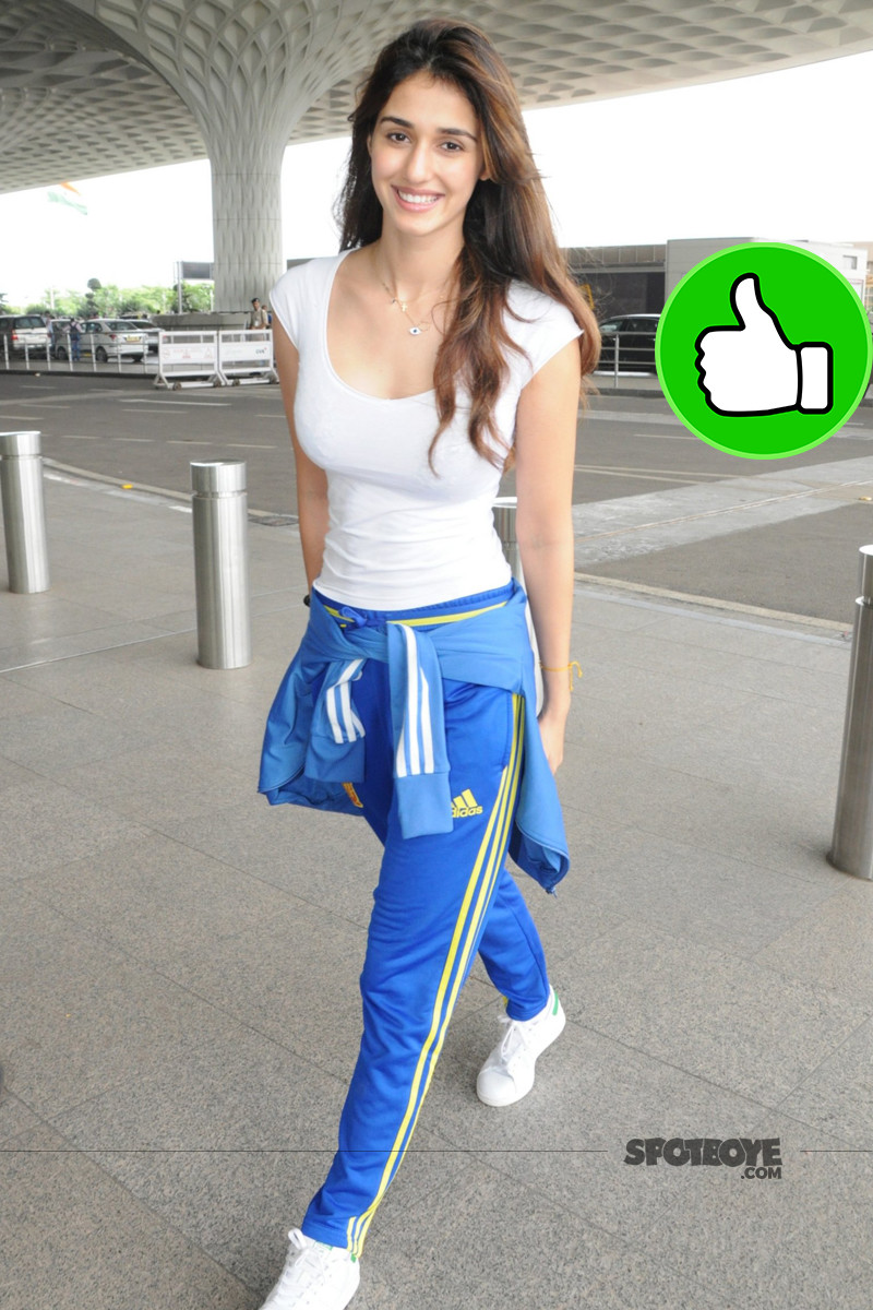 disha patani snapped at the airport