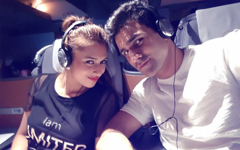 Divyanka Tripathi Celebrates Her 1ST Wedding Anniversary With Vivek Dahiya In Italy
