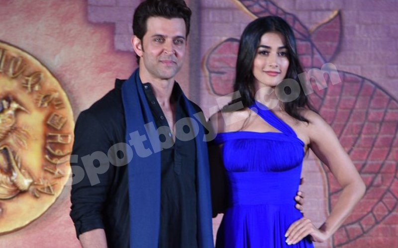 Hrithik Roshan plays a BIG PRANK on Pooja Hegde