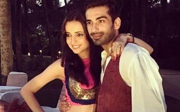 Sanaya-Mohit's cocktail party was super fun