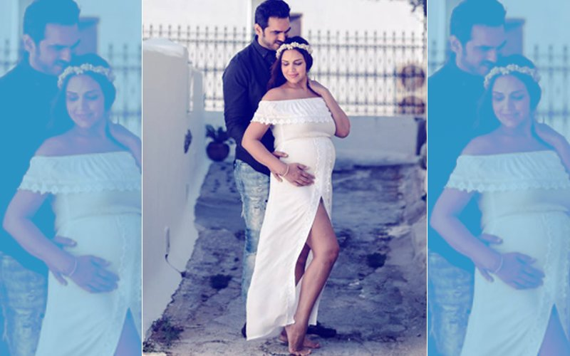 Esha Deol Looks Like A Greek Goddess In Her Pregnancy Photo Shoot