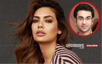 "The Man Whose Behaviour Made Esha Gupta Say, ""I Felt He Was Raping Me With His Eyes"" Is The Brother Of Naseeruddin Shah Film Rogan Josh's Maker!"