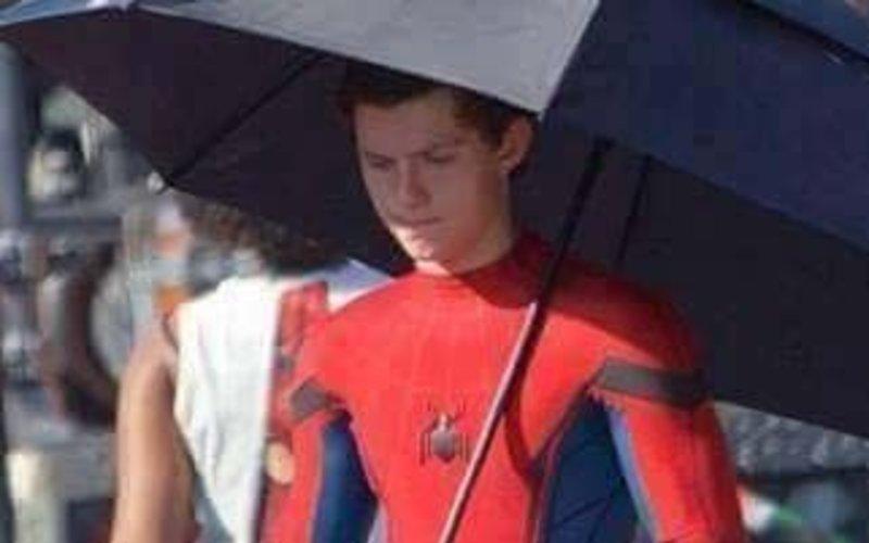 SpotboyE reveals Spider-Man: Homecoming costume