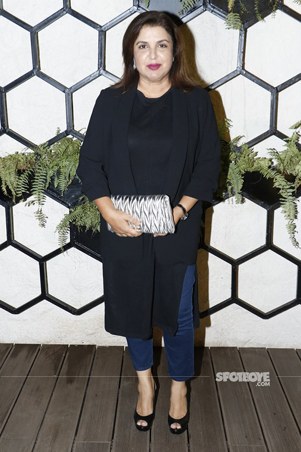 farah khan at arth lounge opening bash
