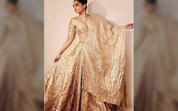 Sonam K Ahuja's Molten Gold Lehenga Gives Her A Perfect Look With Minimal Makeup