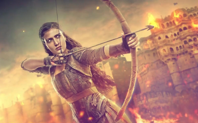 Thugs Of Hindostan Motion Poster: Meet Fatima Sana Shaikh – The Fierce Zafira