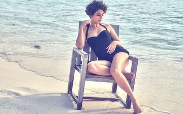 Dangal's Fatima Sana Shaikh Dons A Sexy Swimsuit, Gets Trolled