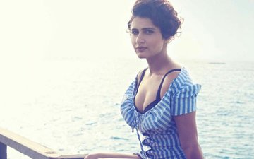 WOAH! Dangal Girl Fatima Sana Shaikh Got 'Killed' By This Man