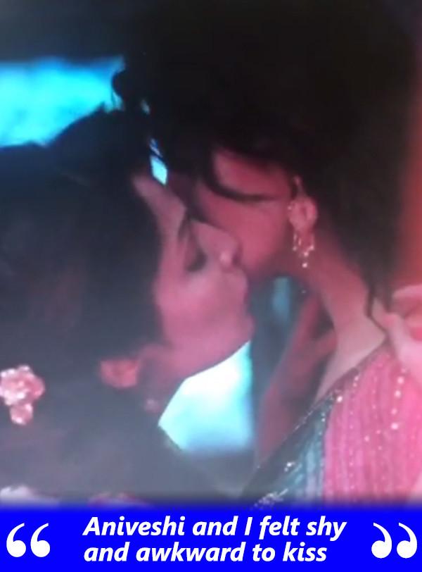 2 lesbian kissing mothers indefinitely not