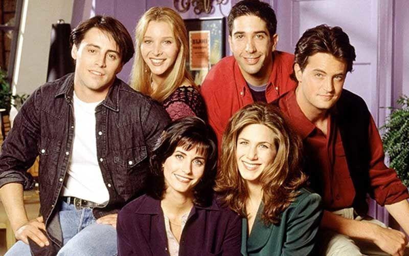 Friends Reunion Feat Jennifer, Courtney, Lisa, Matthew, David, Matt To Be An Unscripted Special - Yaaaay