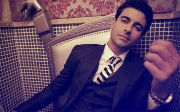 Aksar 2 Star Gautam Rode: I Will Settle Down Soon, Else It Will Be Too Late