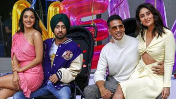 Good Newwz Trailer Launch: Akshay Kumar Arrives In A Pram, Sucks On A Pacifier As Kareena Kapoor Khan Poses For Cameras