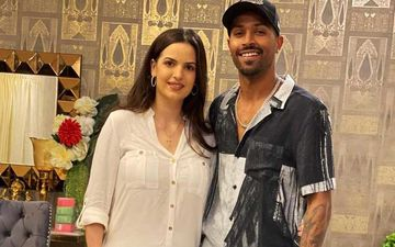 Hardik Pandya And Natasa Stankovic Step Out For A Dinner Date; Couple Looks Every Bit Stunning As They Pose Together